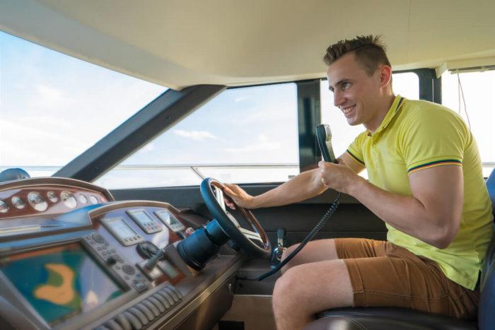 Absolvieren Sie Ihr UKW-Betriebszeugnis II bei nautik-austria